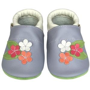 Új!!! Hopphopp puhatalpú cipő - Virágos/levendula, Táska, Divat & Szépség, Cipő, papucs, Ruha, divat, Gyerekruha, Baba (0-1év), Gyerek (1-10 év), Bőrművesség, Varrás, A cipők természetes, puha, minőségi bőrből készülnek, melyek ideálisak a járni tanuló babáknak, vagy..., Meska