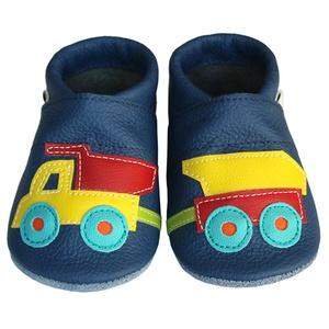 Új!!! Hopphopp puhatalpú cipő - Dömper utánfutóval , Táska, Divat & Szépség, Cipő, papucs, Ruha, divat, Gyerekruha, Baba (0-1év), Gyerek (1-10 év), Bőrművesség, Varrás, A cipők természetes, puha, minőségi bőrből készülnek, melyek ideálisak a járni tanuló babáknak, vagy..., Meska