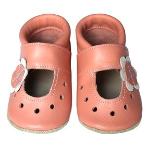 Hopphopp puhatalpú szandál - Virágos/barackrózsaszín, Táska, Divat & Szépség, Cipő, papucs, Ruha, divat, Gyerekruha, Gyerek (1-10 év), Baba (0-1év), Bőrművesség, Varrás, A cipők természetes, puha, minőségi bőrből készülnek, melyek ideálisak a járni tanuló babáknak, vagy..., Meska