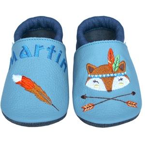 Új! Hopphopp puhatalpú cipő - Hímzett - indián-rókás / madártollas, Babacipő, Babaruha & Gyerekruha, Ruha & Divat, Hímzés, Varrás, Varázsold emlékké gyermeked cipőjét! :) \n\nA puhatalpú bőrcipőket egyedi, névre szóló hímzéssel lehet..., Meska