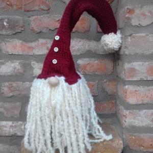 Karácsonyi Manó , Dekoráció, Ünnepi dekoráció, Karácsonyi, adventi apróságok, Karácsonyi dekoráció, Kötés, Varrás, Az ünnepi otthon dísze lehet dús, hosszú, nyersfehér hajával ez a kézzel kötött karácsonyi manó.Töl..., Meska