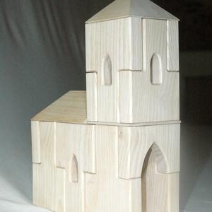 Hornburg Kápolna Építőjáték - igényes, kreatív építőjáték , Játék, Gyerek & játék, Fajáték, Készségfejlesztő játék, Famegmunkálás, Mindenmás, A falak, kötő- és kiegészítő elemek variálásával változatosan építhető össze a Kápolna. Létrehozható..., Meska