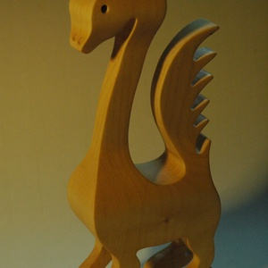 Süsü, az egyfejű sárkány, Művészet, Szobor, Fa, Famegmunkálás, Ez a nagy sárkány tömör juharfából készült, lombfűrészes technikával. A mérete: 25x10x5 cm. Nagyon f..., Meska