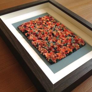 Barackszínű virágtenger - 3D kép süthető gyurmából (M), Otthon & lakás, Dekoráció, Lakberendezés, Kép, Gyurma, Festett tárgyak, A kép süthető gyurmából készült, sötétbarna képkeretbe került.\n\nA keret 15x20 cm, elrendezése variál..., Meska