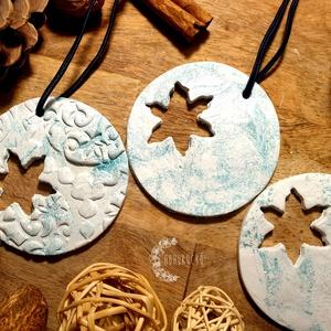 Kék álom, Otthon & Lakás, Dekoráció, Függődísz, Gyurma, Levegőn száradó gyurma és akrilfesték segítségével készítettem ezeket a függődíszeket.\nA díszekből f..., Meska