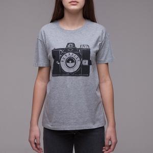"""Budapest \""""Fotós\"""" uniszex(i) póló sport szürke, Ruha & Divat, Férfi ruha, Póló, Fotó, grafika, rajz, illusztráció, A legendás \""""Kamera\"""" mintával\n> XS-2XL\n> a sportszürke szín 90%pamut, 10%PE \n> unisex - férfi modelle..., Meska"""