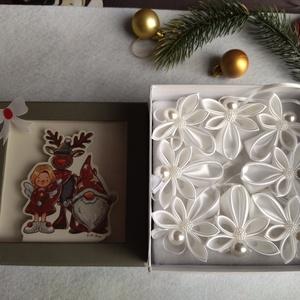 Karácsonyi díszek dobozban, Karácsony, Karácsonyi ajándékozás, Mindenmás, Meska