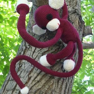 Függönyelkötő majom (Ibolyahorgolmanyai) - Meska.hu