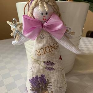 illatos  baba, Otthon & Lakás, Dekoráció, Illatzsák, Baba-és bábkészítés, Ajándék tárgy. Készült pamut, fonal, töltőanyag, selyem szalag, levendula virág felhasználásával. Mé..., Meska