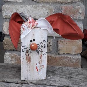 Fa húsvéti nyúl dekoráció rozsdás orral, Otthon & Lakás, Dekoráció, Asztaldísz, Mindenmás, Varrás, Fa húsvéti nyúl dekoráció rozsdás orral\n\nFa hasábból készült nyuszi drót bajusszal és textil fülekke..., Meska