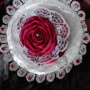 Rózsa csokor , Ballagás, Ünnepi dekoráció, Dekoráció, Otthon & lakás, Esküvő, Esküvői csokor, Mindenmás, Virágkötés, Általam teljesen kézzel készített rózsa csokor, a hossza 22cm, átmérője 20 cm, 8 db 5 cm átmérőjű ró..., Meska