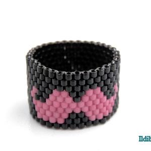 Bajuszos gyűrű Movemberre, Ékszer, Gyöngyös gyűrű, Gyűrű, Gyöngyfűzés, gyöngyhímzés, Meska