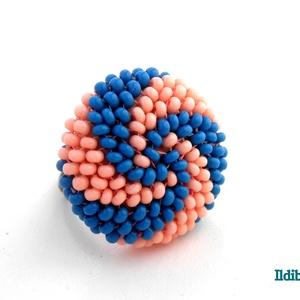 Spirálos 2 színű kerek gyűrű - sötét türkizkék és barack, Statement gyűrű, Gyűrű, Ékszer, Gyöngyfűzés, gyöngyhímzés, Sok színben láthatod ezt a gyűrűmet a boltomban (illetve érdemes szétnézni az eladott termékeim közö..., Meska