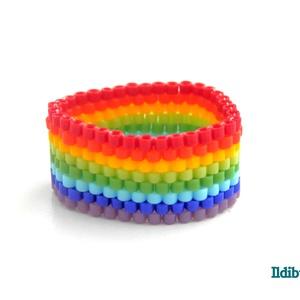 Szivárvány színű gyűrű, Gyöngyös gyűrű, Gyűrű, Ékszer, Gyöngyfűzés, gyöngyhímzés, Peyote technikával készítettem ezt a szivárvány színű gyűrűt (piros, narancs, sárga, zöldek, kékek é..., Meska