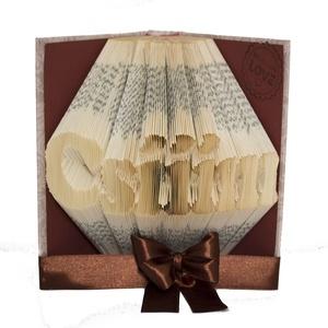 """Csííím feliratú egyedi hajtogatott könyv, könyvszobor, Otthon & Lakás, Dekoráció, Könyvszobor, Papírművészet, Újrahasznosított alapanyagból készült termékek, Egyedi készítésű hajtogatott könyv vagy könyvszobor \""""Csííím\"""" felirattal. Az ár 5-6 karakterig értend..., Meska"""