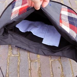 Moon Sötétszürke kockás válltáska fekete valódi bőr pánttal - táska & tok - kézitáska & válltáska - vállon átvethető táska - Meska.hu