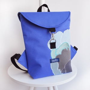Kék gomba mintás vízlepergető kicsi hátizsák, Táska, Divat & Szépség, Táska, Hátizsák, Kék gomba mintás vízlepergető kicsi hátizsák, bélésén zsebekkel.  Szélessége középen: 25 cm Magasság..., Meska
