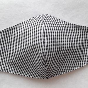 Fekete-fehér kockás maszk, NoWaste, Textilek, Varrás, Fekete-fehér aprókockás pamutvászonból készítettem a képen látható kétrétegű maszkot.  \n\nBelső része..., Meska