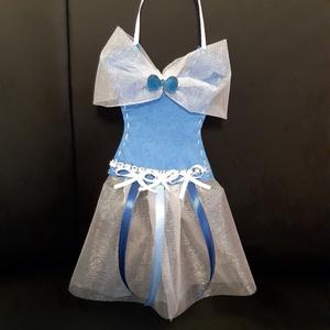 Kislányoknak csattartó, Ruha & Divat, Hajdísz & Hajcsat, Varrás, A hercegnős csattartó segít rendszerezni a kislányoknak a sok színes csatokat. A hercegnős ruha alsó..., Meska
