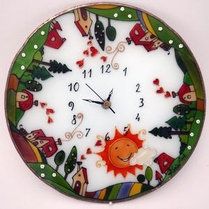 Tanyás falióra - üvegre festett óra, Dekoráció, Otthon & lakás, Esküvő, Lakberendezés, Falióra, óra, Üvegművészet, Festett tárgyak, 3 mm vastag, 25 cm átmérőjű üvegre festett, egyedi grafikájú falióra. Kedves mintája különleges deko..., Meska