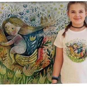 LEÁNYKA MADÁRHÁTON, Táska, Divat & Szépség, Ruha, divat, Gyerek & játék, Gyerekruha, Mindenmás, LEÁNYKA MADÁRHÁTON\nA grafika Lipovszky Drescher Marcsi munkája\n\nKARCSÚSÍTOTT  SZABÁSÚ LÁNY PÓLÓ\nA pó..., Meska
