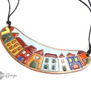 Hundertwasser - színes házikó - tűzzománc nyaklánc  (InnocentDesign) - Meska.hu