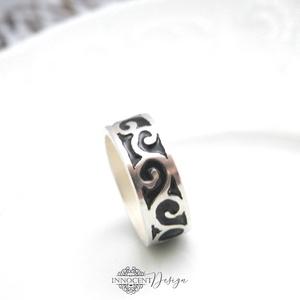 KLIMT - tűzzománc gyűrű, Kerek gyűrű, Gyűrű, Ékszer, Ékszerkészítés, Tűzzománc, Forrasztott alapú, tűzzománc gyűrű, fix gyűrűpánttal. \nVörösrézből készült, ékszerzománccal.\nTeljes ..., Meska