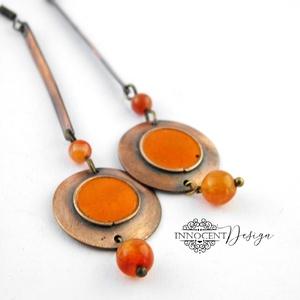 Minimál - narancssárga fülbevaló - tűzománc-réz, Ékszer, Fülbevaló, Lógós fülbevaló, Egyszerű, mégis mutatós, hosszú fülbevaló.  Minden részét magam készítettem.  A réz antikolt és polí..., Meska