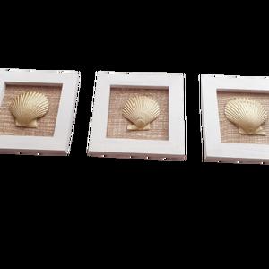 Tengeri stílusú kagylós képkeret-szett dekoráció 3db: Fésűkagyló, Otthon & Lakás, Dekoráció, Falra akasztható dekor, Festett tárgyak, Nagyon trendi az idei nyárra ez a 3db-os szett. \nNe félj, csakis elhullott kagylókkal készítem a tud..., Meska