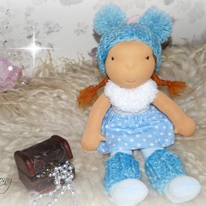 Ella baba, Játék & Gyerek, Baba & babaház, Baba, Baba-és bábkészítés, Varrás, Ella 38cm magas waldorf jellegű kislány.Minden ruhadarabja levehető., Meska