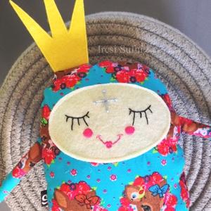 AKCIÓ! - Babszem királykisasszony, Játék & Gyerek, Plüssállat & Játékfigura, Más figura, Varrás, Hímzés, Készleten lévő, azonnal rendelkezésre álló termék (a fotón az adásvétel tárgyát képező konkrét darab..., Meska