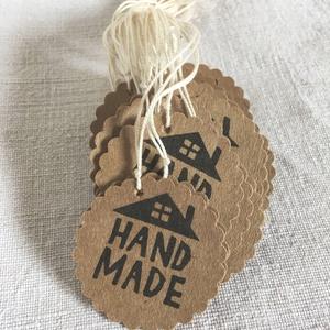Címke csomag kézműveseknek - Hand Made kör, Otthon & Lakás, Dekoráció, Dísztárgy, Fotó, grafika, rajz, illusztráció, Készleten lévő, azonnal rendelkezésre álló termék (a fotón az adásvétel tárgyát képező konkrét darab..., Meska