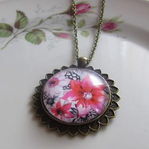 Vintage-Nyaklánc virágokkal (irisz3) - Meska.hu