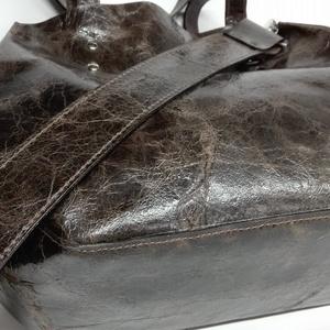 Kisebb mindentbele táska koptatott barna (itsevas) - Meska.hu