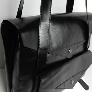 Laptop táska hanyag eleganciával 2, Táska, Divat & Szépség, Táska, Férfi táska, Hátizsák, Laptoptáska, A táska háton is és vállon is hordható, csak egy mozdulat és kész. Anyaga elegáns selyemfényű fekete..., Meska