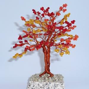 Őszifa, Dekoráció, Otthon & lakás, Ünnepi dekoráció, Dísz, Esküvő, Gyöngyfűzés, gyöngyhímzés, A színek amellyel a fa készült a csodálatos őszt juttatja az eszembe, ezért is kapta ezt a nevet. Ős..., Meska