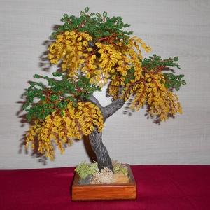 Sárga akácfa gyönygfa, Otthon & Lakás, Dekoráció, Dísztárgy, Gyöngyfűzés, gyöngyhímzés, A fa magassága 31-cm és 2 mm-es kásagyönggyel készült. Magát a fát kicsit lépcsőzetesen készítettem...., Meska