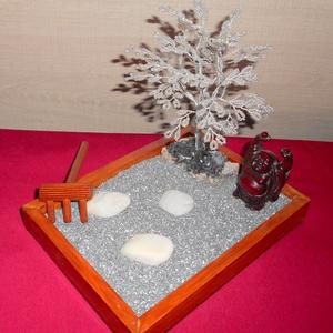 Asztali Zen kert 2, Otthon & Lakás, Dekoráció, Gyöngyfűzés, gyöngyhímzés, A békés percek mély átéléséhez kiválóan használható ez az asztali zen kert. Ajándéknak, dísznek is k..., Meska