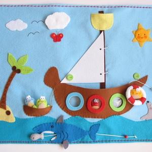 Békák a tengeren- interaktív játszópad (Azonnal vihető!) , Játék & Gyerek, 3 éves kor alattiaknak, Készségfejlesztő, Mindenmás, Varrás, A színek és a különböző irányok, térbeli helyzetek (kint- bent, fent-lent)  megtanulását segítő játé..., Meska