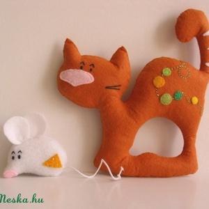Elválaszthatatlan kisbarátok- macska-egér páros, Cica, Plüssállat & Játékfigura, Játék & Gyerek, Varrás, Ki mondta, hogy nem lehet jó barát egy cica és egy kisegér?! Íme a bizonyíték! ;)\n\nFilc anyagból kés..., Meska