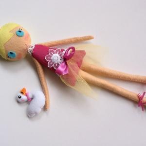 Leila- öltöztethető balerina baba kis hattyúval és kiegészítőkkel (azonnal vihető!) (Jam81) - Meska.hu