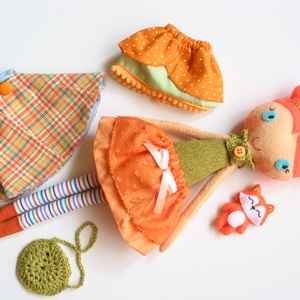 Hanka- öltöztethető  textilbaba mini rókával és kiegészítőkkel (azonnal vihető!) (Jam81) - Meska.hu