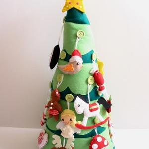 Díszíthető adventi karácsonyfa (24db dísszel+ csúcsdísz csillaggal) Azonnal vihető!, Karácsonyi dekoráció, Karácsony & Mikulás, Otthon & Lakás, Varrás, 60cm magas, díszíthető karácsonyfa Adventre, hogy még izgalmasabb legyen az ünnepi várakozás a gyere..., Meska