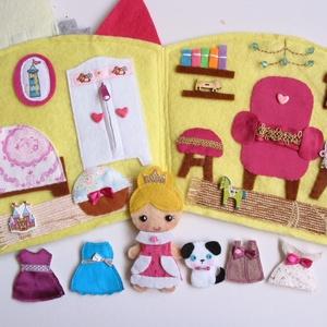 Angelika királykisasszony palotája- játszókönyvecske - öltöztetős babával, ruhákkal és pici kutyival (Jam81) - Meska.hu
