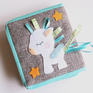 Pegazusos okoskönyv babáknak- kreatív babakönyv (azonnal vihető!), Játék & Gyerek, Textilkönyv & Babakönyv, Mindenmás, Meska