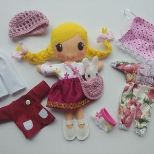 Moncsa- öltöztethető textilbaba kis nyuszival és kiegészítőkkel (Azonnal vihető!), Gyerek & játék, Játék, Baba, babaház, Varrás, Kedves, mosolygós,fonott copfos baba, mindenféle ruha darabbal és egy aprócska nyuszival. Arca kézze..., Meska