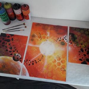 Világűrt ábrázoló festmény - festékszóróval készült, Otthon & lakás, Képzőművészet, Festmény, Festmény vegyes technika, Festészet, Festményemet három részre szabott fényes dekorkartonra készítettem. A méretei változathatók a különb..., Meska