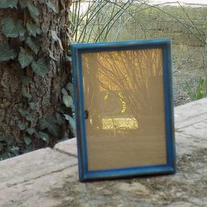 Képkeret-Fotókeret-21x14,7 cm-es (A/5-ös) képhez-Pácolt Kék-Vékony-61 , Férfiaknak, Otthon & lakás, Dekoráció, Lakberendezés, Képkeret, tükör, Kereteim fenyőfából készülnek. A munka során kialakul egy rusztikus, részletgazdag tárgy, aminek szi..., Meska