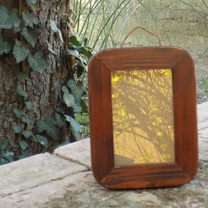 Képkeret-Fotókeret-10x15 cm-es képhez-Pácolt Cseresznye színű-Madzagakasztóval-53, Férfiaknak, Otthon & lakás, Dekoráció, Lakberendezés, Képkeret, tükör, Kereteim fenyőfából készülnek. A munka során kialakul egy rusztikus, részletgazdag tárgy, aminek szi..., Meska