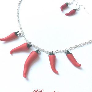 Pirospaprika, Ékszer, Ékszerszett, Ékszerkészítés, Ékszergyurma paprikák . 48 cm a nyaklánc, Meska